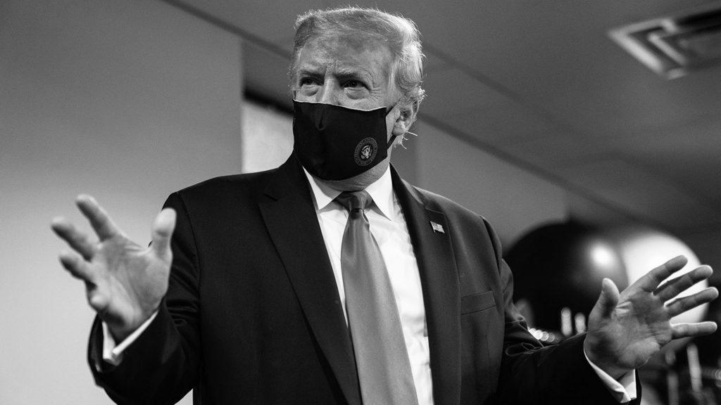 """Donald Trump alentó el uso de máscaras: """"Estamos unidos en nuestro esfuerzo por derrotar al invisible virus chino"""""""