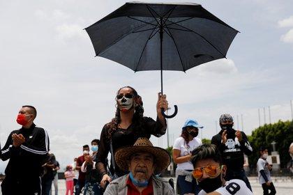 Mexicanos tomaron misa en la Basílica de Guadalupe con sana distancia (Foto: REUTERS / Carlos Jasso)