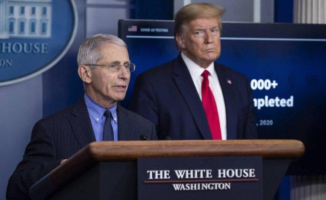 El principal epidemiólogo del Gobierno, Anthony Fauci, y el presidente Donald Trump