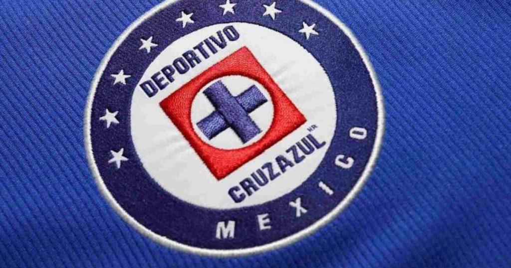 Cruz Azul jugaría con una nueva camiseta contra Chivas en la final de la Copa GNP para México