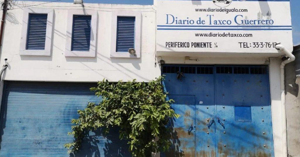 Grupo armado atacó las instalaciones del Diario de Iguala
