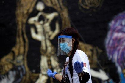 En México hay 50,517 muertes por coronavirus (COVID-19) y 462,690 casos confirmados acumulados (Foto: Reuters / Luis Cortes)
